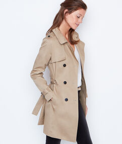 Long trench beige.