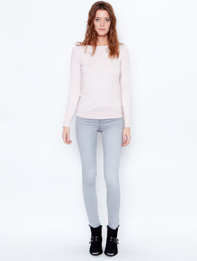 Fine knit slash neck sweater light pink.