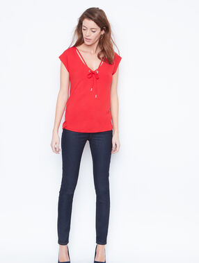 Top col lace rouge.