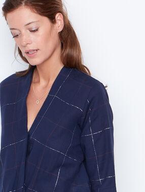 Chemise manches 3/4 à col v bleu marine.
