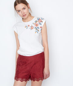 Embroidered top white.