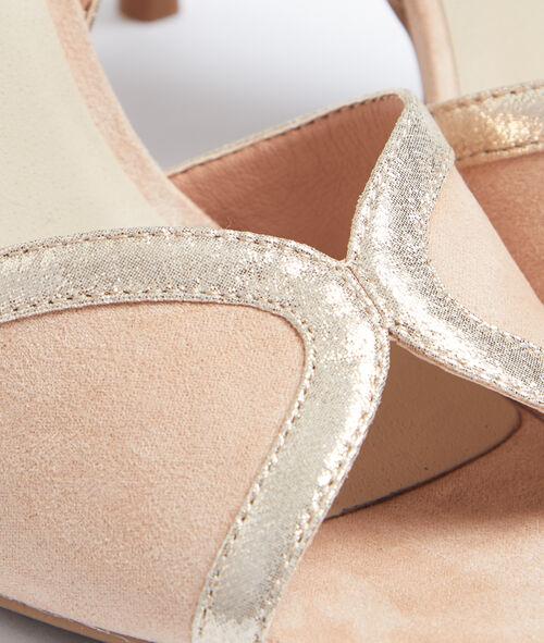 Heel court shoes