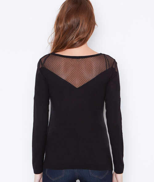Fine sweater with lace detail