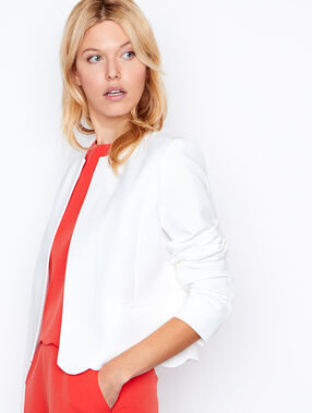 Short jacket white.