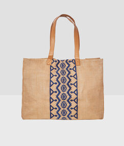 Embroided bag beige.