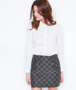 Graphic print skirt black.