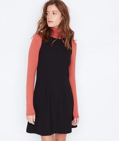 Flare sleeveless dress black.