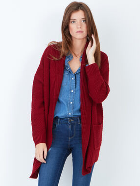 Cardigan bordeaux.