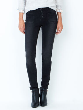 Slim jeans with patch pockets black.