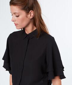 Layered sleeves top black.