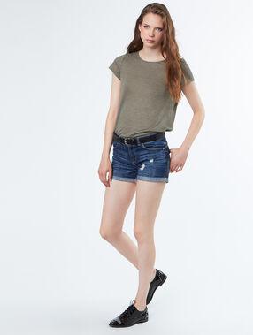 Short en jean brut.