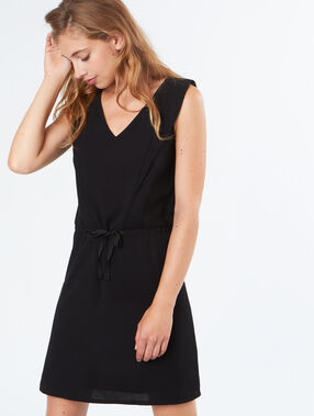 Tie waisted dress black.
