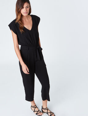 Jumpsuit black.