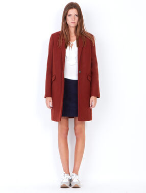 Wool coat with tailored aspect collar brick.