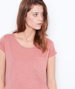 T-shirt manches courtes à col rond vieux rose.