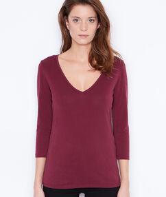 T-shirt manches 3/4 à col v prune.