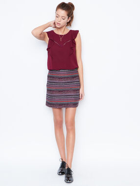 Sleeveless top plum.