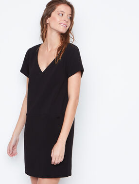 V neck dress black.