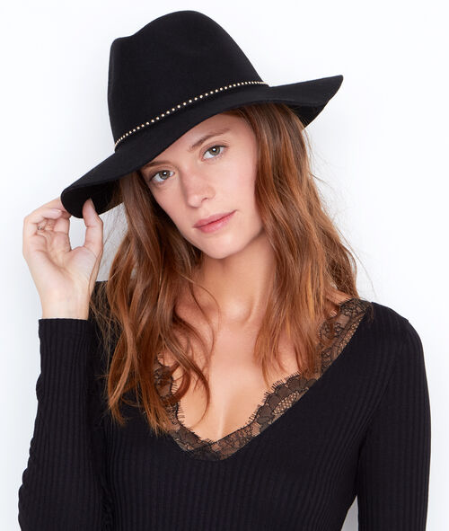 Hat with stud band