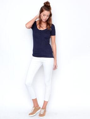 T-shirt uni manches courtes bleu marine.