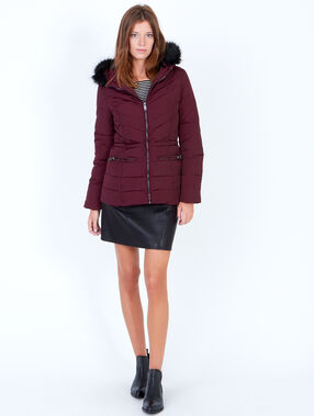 Padded jacket with faux fur hood plum.
