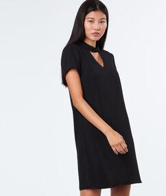 Dress with choker collar black.