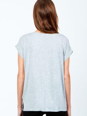 Camiseta holgada escote en v gris perla.