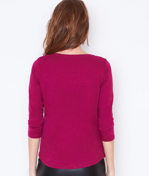 3/4 sleeve t-shirt with round collar