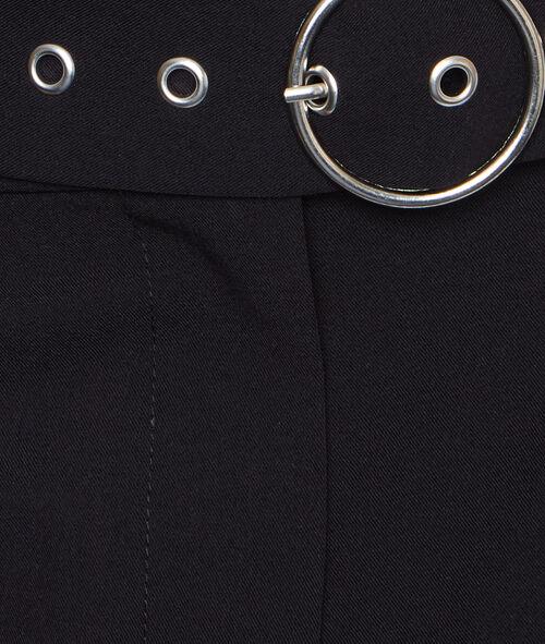 Belted short