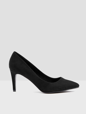 Plain heeled court shoes black.