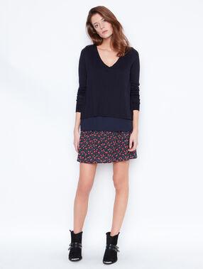 Floral print skirt black.