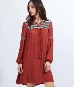 Jacquard insert folk dress red.