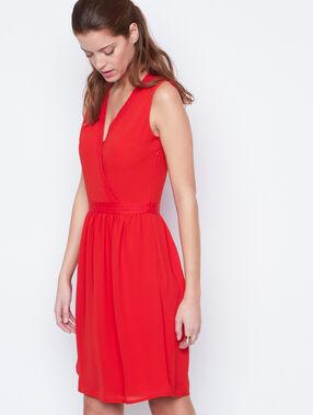 Kleid rot.