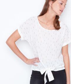 Camiseta manga corta anudada blanco.