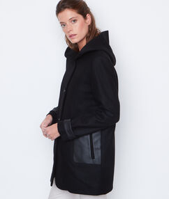 Manteau 3/4 avec capuche noir.