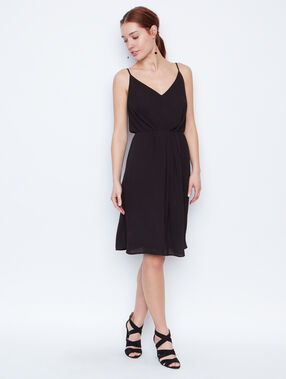 Flowing dress black.