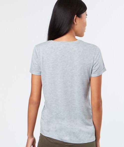 T-shirt feuilles brodées