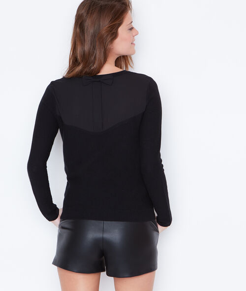 Fine sweater with bow back