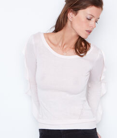 Long sleeves sweater nude.
