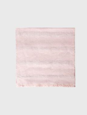 Foulard détails métallisés rose poudre.