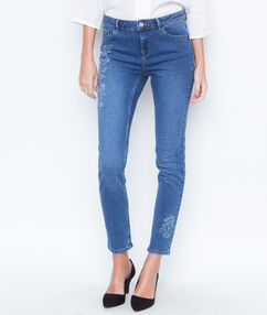 Embroidered skinny pants denim.