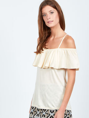 Off the shoulder ruffle top white.