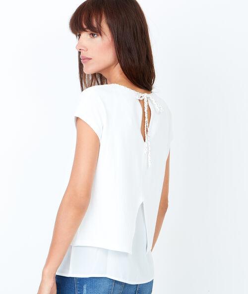 T-shirt à manches courtes, détail ajouré dans le dos