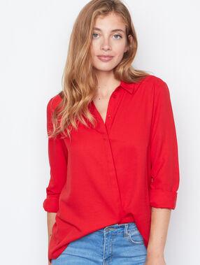 Long sleeves shirt red.