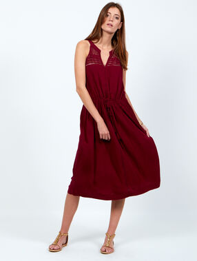 Dress bordeaux.
