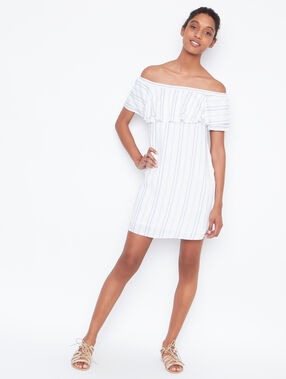 Cold shoulder dress white.