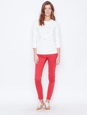 Skinny pants red.