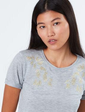 T-shirt feuilles brodées gris chine clair.