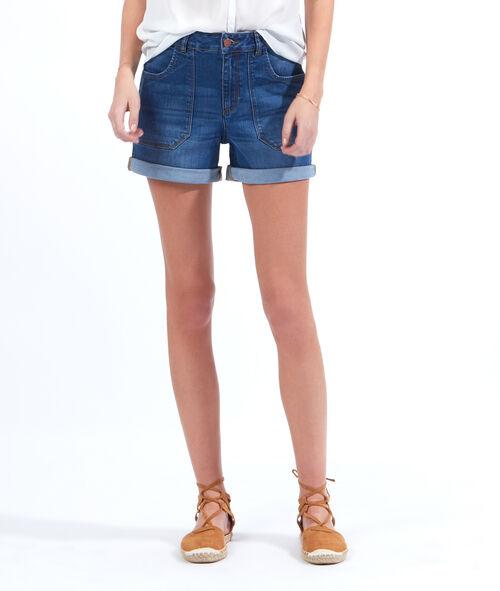 Large pocket denim shorts