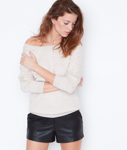 Pull col rond, boutonnage au dos